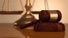 Curtea Constituţională: Dreptul Băncii Naţionale de a retrage licenţa băncilor fără hotărâre judecătorească este legal