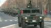 Pregătirile pentru paradă pe ultima sută de metri: Elicoptere, blindate şi maşini de poliţie au defilat astăzi în capitala României