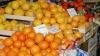 Sfârşitul toamnei aduce scumpirea fructelor autohtone şi ieftinirea citricelor