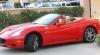 Paris Hilton şi-a făcut cadou un Ferrari de Ziua Recunoştinţei