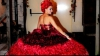 Un designer britanic a creat o rochie de mireasă din păr uman FOTO