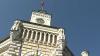 Consilierii municipali se întrunesc din nou în şedinţă extraordinară
