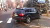 Martor ocular: Audi Q7 parcat în intersecţie, pe trecerea pentru pietoni
