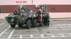 """Moş Crăciun a schimbat sania pe o maşină blindată şi a venit la militarii brigăzii cu destinaţie specială """"Fulger"""""""