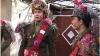 """Cu """"Irodul"""" pe la case: Tinerii din satul Pârliţa se îmbracă în haine ostăşeşti şi înscenează un fragment biblic"""