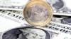 Euro coboară faţă de dolar după ce Fitch a cerut BCE să intervină pentru evitarea unui colaps al monedei