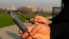 """Lucruri pe care nu le ştiai: Află de ce a fost inventat cuvântul """"ALO"""" şi când a fost lansat primul telefon cu ecran tactil"""