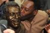 Pele a participat la inaugurarea propriei statui la stadionul care va găzdui finala Cupei Africii pe Naţiuni