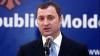 Vlad Filat l-a felicitat pe noul său omolog român cu învestirea în funcţie