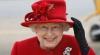 Ce poartă mereu în poşetă Regina Marii Britanii