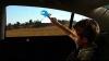 Ferestrele portierelor din spate ale autoturismelor se vor transforma în ecrane interactive