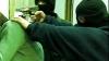 Tânăr atacat în scara unui bloc din Capitală: Tâlharii i-au luat geanta cu mâncare