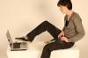 Au apărut pantalonii cu tastatură şi mouse incorporat în material