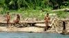 Sălbaticii din junglă: Nu au auzit de internet, televizor sau telefon
