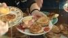 Prânzul din cinci şcoli din Chişinău se trasnformă în bufet suedez