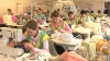 Familia model! A făcut bani peste hotare şi a deschis o fabrică de confecţii în Moldova