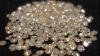 O femeie din Rusia a găsit într-un lift o pungă cu aproape 500 de diamante