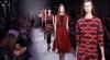 Săptămâna Modei la Paris: Ţinute inspirate din vestimentaţia şcolăriţelor