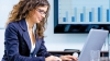 DE CE SUNT MAI BUNE femeile în funcţii de conducere