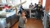 Băieţel de şapte ani, maestru la învârtit pizza