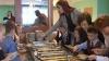 Bufetul suedez, pus în practică. Ce cred elevii şi bucătarii VIDEO