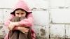 Iresponsabilitatea autorităţilor şi neglijenţa părinţilor le-a transformat viaţa într-un chin