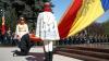Vlad Filat acuzat de egoism, după ce a arborat drapelul din faţa guvernului fără să invite colegii din PL şi PD