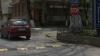 Limitatorul de viteză de pe strada Mihai Eminescu creează incomodităţi! Maşinile stopeză chiar pe trecerile de pietoni