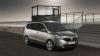 Maşinile sport, luate peste picior de Dacia Lodgy VIDEO