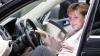 Angela Merkel şi-a vândut maşina pe internet (FOTO)