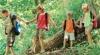 Sute de copii nu au condiţiile necesare pentru petrecerea vacanţei de vară