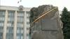 Curtea de Apel Chişinău decide soarta pietrei comemorative din Piaţa Marii Adunări Naţionale