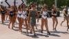 Mamaia votează în BIKINI. Primarul localităţii a însoţit turistele la vot FOTO, VIDEO