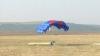 Pasionaţii de paraşutism şi-au dat întâlnire pe aerodromul sportiv de la Vadul lui Vodă (VIDEO)