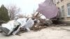 Acoperişuri deteriorate, geamuri sparte şi terenuri agricole distruse după vijelia de ieri