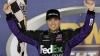 Denny Hamlin a obţinut prima victorie din carieră în campionatul Nascar