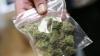 Angajat al Poliţiei de Frontieră, prins în timp ce vindea droguri