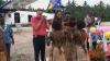 Ducesa de Cambridge şi prinţul William întâmpinaţi cu sânii goi în Marau