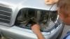 Se grăbea la medic în România, dar s-a dat de gol în faţa vameşilor. AFLĂ ce a ascuns în maşină