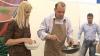 Bumacov şi Efrim, în rol de bucătari: Miniştrii au prezentat un master class culinar VIDEO