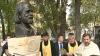 La Chişinău a fost inaugurat bustul scriitorului şi politicianului Andrei Vartic