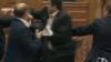 BOX în Legislativul de la Chişinău. Deputatul PCRM Iurie Muntean vs parlamentarul PLDM Alexandru Cimbriciuc (VIDEO)
