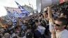 PROTESTE VIOLENTE în Grecia. Protestatari au aruncat cu pietre, petrade şi bombe incendiare în forțele de ordine
