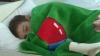 """""""Cu ţurţuri la nas"""". Copiii din gimnaziul şi grădiniţa din satul Dobrogea îngheaţă în încăperi"""