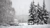 Stratul de zăpadă a atins 1,5 metri în unele localităţi. Mai multe drumuri rămân BLOCATE