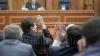 Parlamentul extinde lista beneficiarilor de paşapoarte diplomatice