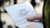 Oficiali europeni: Dacă vrea regim liberalizat de vize cu UE, Moldova trebuie să spună NU corupţiei