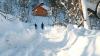 Din cauza zăpezii traficul rutier a fost întrerupt pe mai multe drumuri naţionale din România