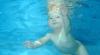 Imagini spectaculoase cu bebeluşi care înoată FOTO