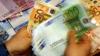 Mai mulţi bani pentru un euro. Cu cât s-a scumpit moneda unică